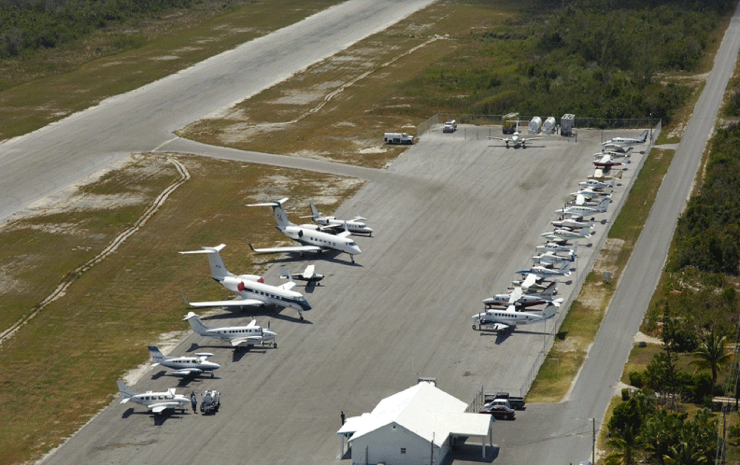 Private Jet Charter to Eleuthera