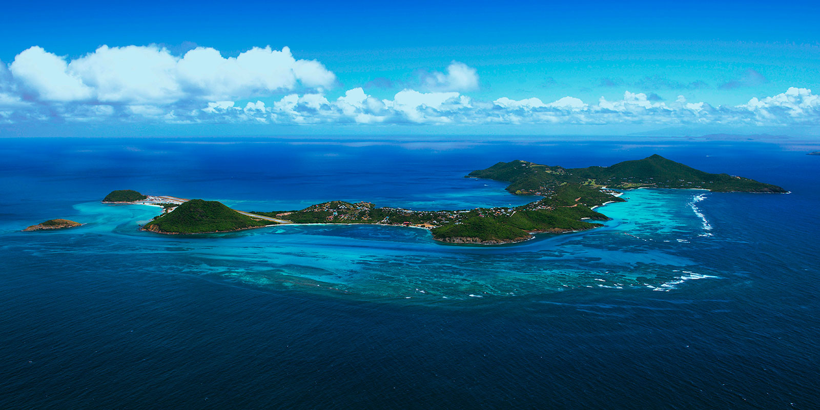 Private Aircraft Charter to Canouan Island